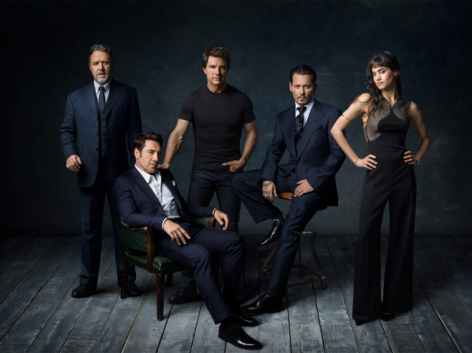 rusell_crowe_javier_bardem_johnny_depp_tom_cruise_y_sofia_boutella_6780_863x647.png