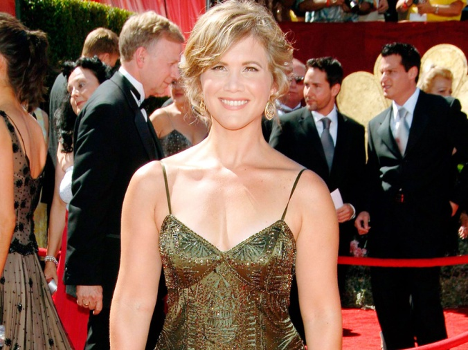 tracey_gold_911_863x647.jpg